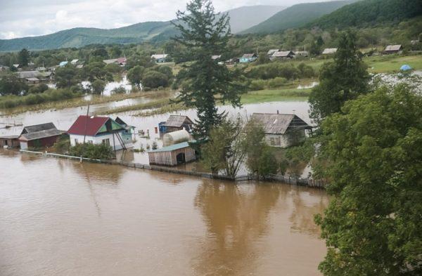 Сотни подтопленных домов в Приморье признаны непригодными для жизни