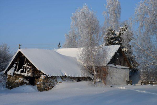 Разрушающийся родной дом святого в Липецкой области, село Шовское