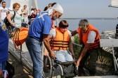 Инвалиды-колясочники прошли Обское море под парусом