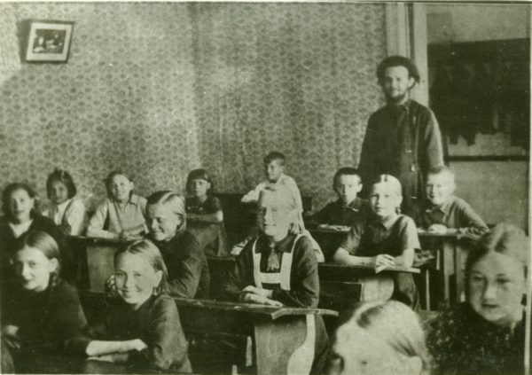 o-georgii-benigsen-na-uroke-v-tserkovnoi-shkole