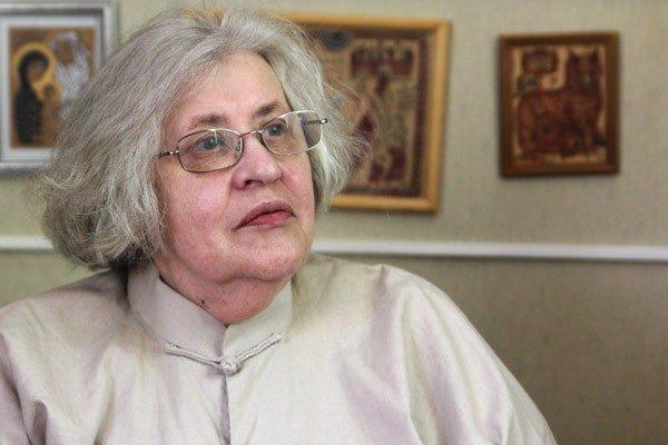 Марина Журинская: Народ умеет только жечь все, чему поклонялся