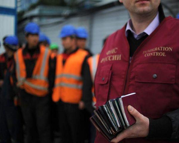Более 100 иностранцев объявили голодовку в изоляторе под Оренбургом