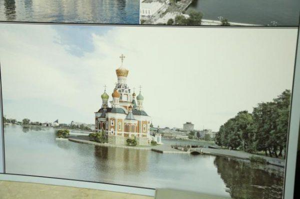 В Екатеринбурге хотят построить храм на городском пруду