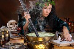 Социологи выяснили, как россияне относятся к колдовству и магии