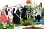 Патриарх призвал возвращать детей из «виртуальной реальности» трудом