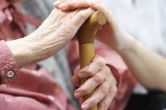 Минтруд призвал устранить барьеры между НКО и рынком соцуслуг
