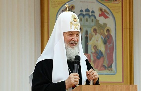 Встречу патриарха Кирилла скосмическим роботом сняли навидео