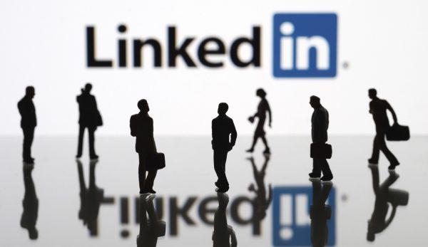 Роскомнадзор хочет заблокировать соцсеть LinkedIn в России