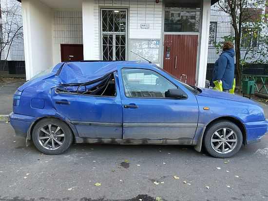 В столице России девушка выжила, выпрыгнув изокна многоэтажки