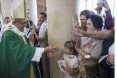 Папа Франциск: Карабахский конфликт должен решаться путем диалога