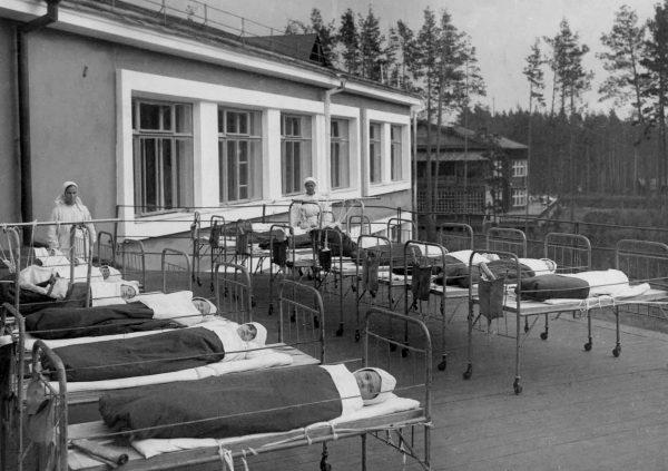 Дети на лечении в детском туберкулезном санатории №1 Фото из архива Областного музея истории медицины