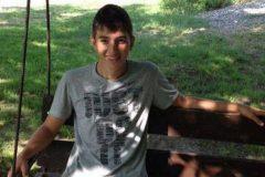 В Чечне наградят 16-летнего подростка за спасение утопающего младенца