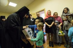 В Петербурге при Новодевичьем монастыре освящен приют для молодых мам