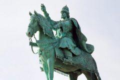 Житель Орла подал судебный иск о сносе памятника Ивану Грозному