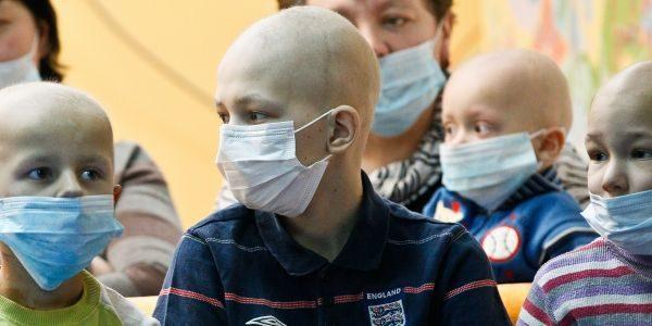 Ученицу пермской гимназии отчислили из-за затяжного лечения рака