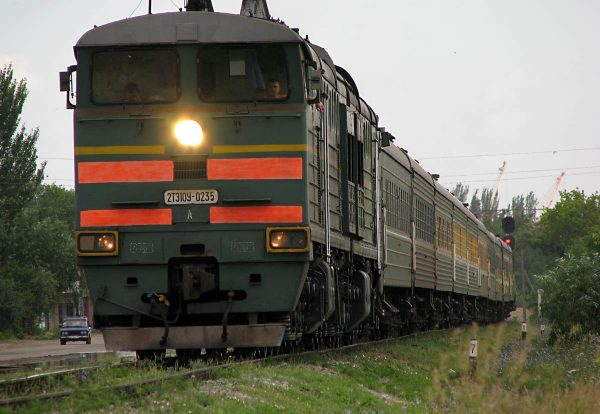 Железнодорожный кассир приняла роды у пассажирки поезда