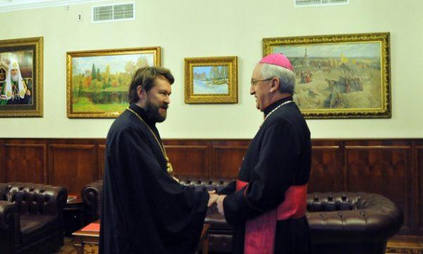Православная и Католическая Церкви готовы быть посредниками в конфликте на Украине
