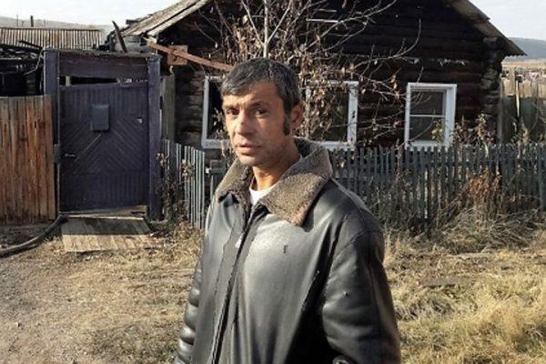 Житель Иркутской области вынес из горящего дома соседского грудничка