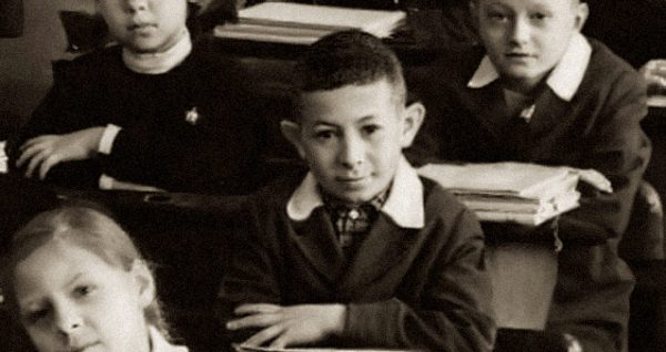 Евгений Маргулис в детстве. Фото из открытых интернет-источников