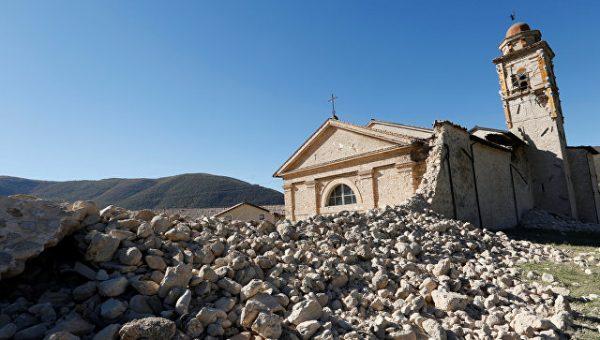 В Италии осудили священника, назвавшего землетрясение «Божьей карой»