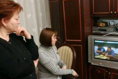 Доверие россиян к интернету растет, к телевидению — падает