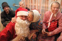 В Москве собирают новогодние подарки для одиноких пожилых людей