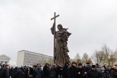 Россияне сказали социологам, как относятся к памятнику князю Владимиру
