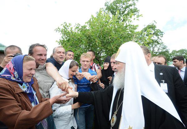 Святейший Патриарх Кирилл в Пюхтицком монастыре. 15 июня 2013 года. Фото: mospat.ru