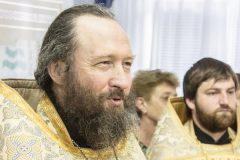 «Господи, только бы успеть!»: киевский священник спас женщину от самоубийства