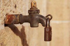 Вода – это не жизнь. Что происходит в Махачкале