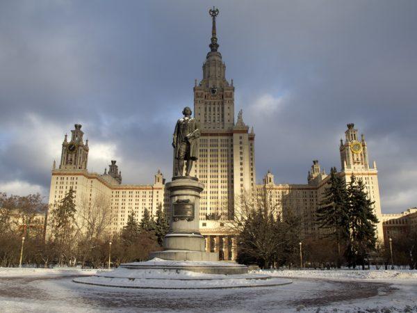 При МГУ появится еще один храм