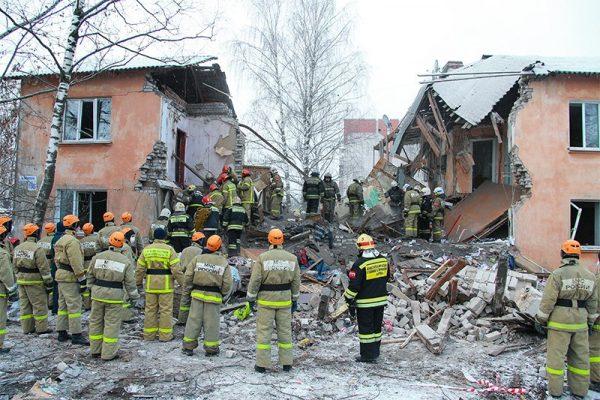 Священники навестили пострадавших от взрыва жилого дома в Иваново