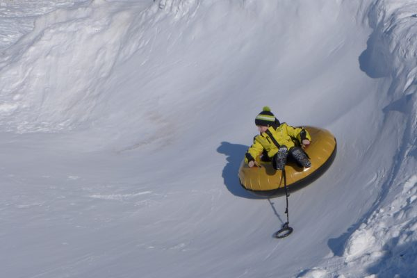 Кировчанин нырнул в ледяной пруд, чтобы спасти ребенка