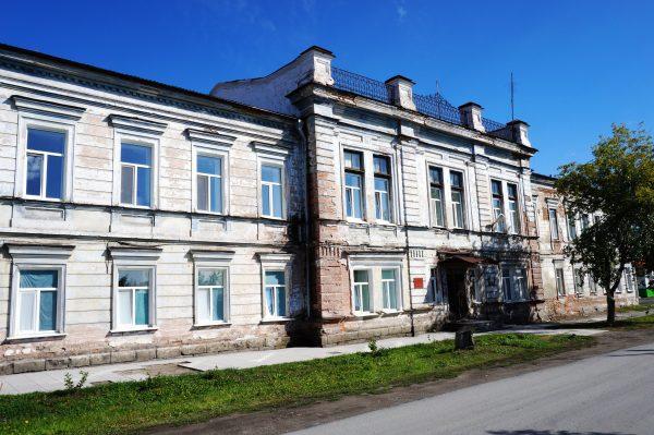 Бывшее здание Духовного училища где был ректором протоиерей Сергей Увицкий