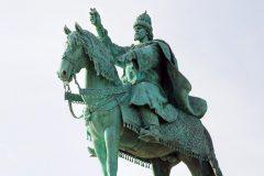 Более половины россиян одобрили памятник Ивану Грозному