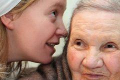 Епархиям направили рекомендации по уходу за пожилыми людьми