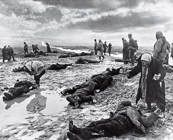 Дмитрий Бальтерманц. Горе. 1942. «Война – это, прежде всего, горе», – Дмитрий Бальтерманц.