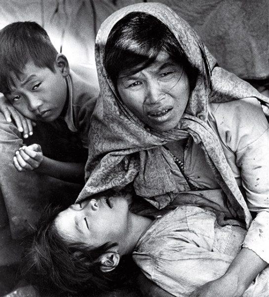 Эдди Адамс. Лодка без улыбок. 1977. «Впервые в моей жизни никто не улыбнулся, даже дети», – Эдди Адамс.
