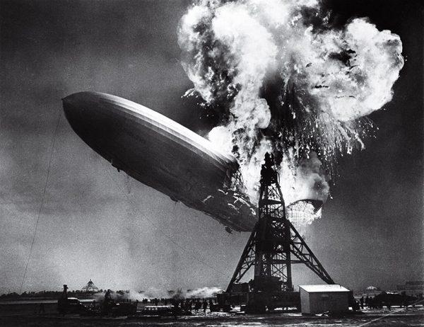 Сэм Шер. Крушение Гинденбурга. 1937. «Я едва успел щелкнуть – все закончилось невероятно быстро», – Сэм Шер.