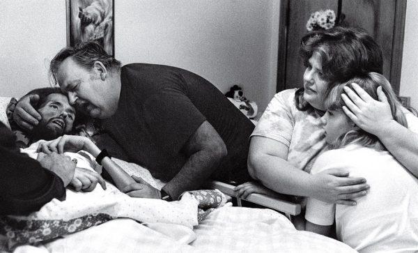 Тереза Фрар. Лицо СПИДа. 1990. «Я не знала, что эта фотография изменит представления людей о СПИДе», – Тереза Фрар.