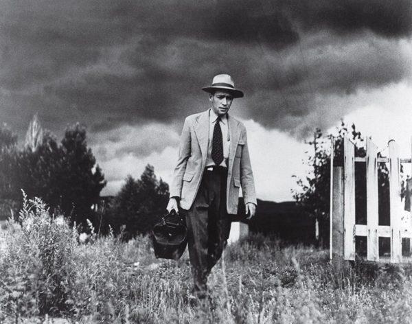 Юджин Смит. Сельский доктор. 1948. «Я жил вместе с ним четыре недели. Сначала я делал очень мало фотографий. В основном я пытался понять, в чем состоит работа доктора», – Юджин Смит.