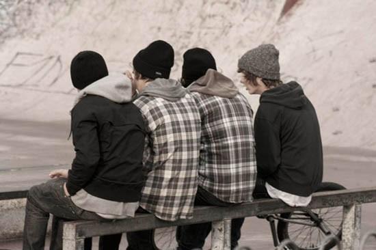 Взгляд священника: как живут подростки в поселке Струги Красные
