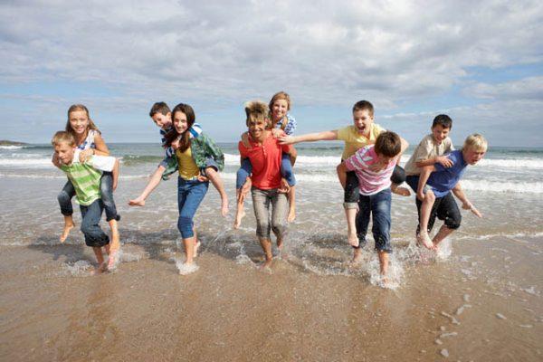 Госдума приняла закон, регламентирующий детский отдых