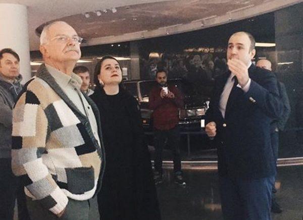 Никита Михалков сказал зачем посетил Ельцин Центр и что нашел в нем