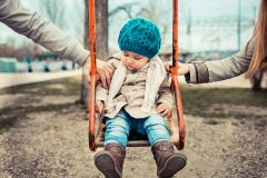 Приемный ребенок: просто любить – недостаточно