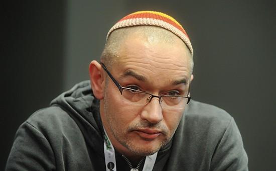 Блогер Антон Носик отказался снять кипу на судебном заседании