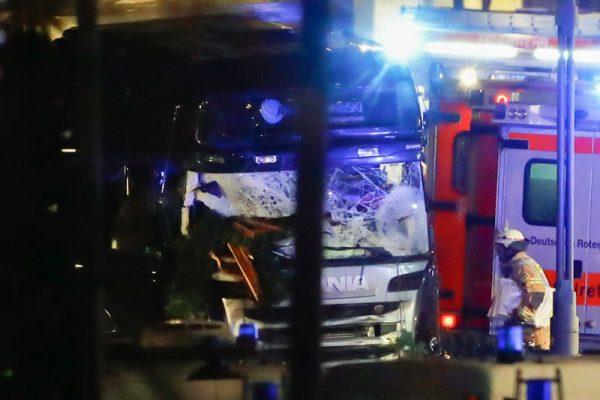 Террористы ИГИЛ взяли на себя ответственность за теракт в Берлине
