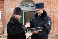 В Костромской области полицейские вернули церкви украденные колокола