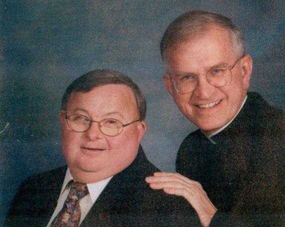 Архиепископ Иосиф Куртц с братом Джорджем. Фото: www.archlou.org