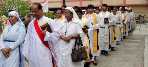 Смертники планировали взорвать церковь в Бангладеше